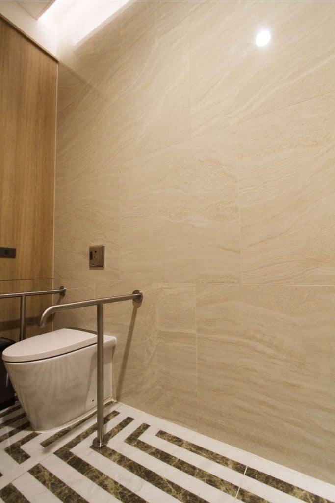 Grand Richmond Stylish Convention Hotel ในการเลือกใช้วัสดุทดแทนหิน กระเบื้องพอร์ซเลน Amazon Travertino 05